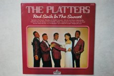 PLATTERS - RED SAILS IN THE SUNSET