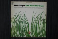 SEEGER, PETE - GOD BLESS THE GRASS